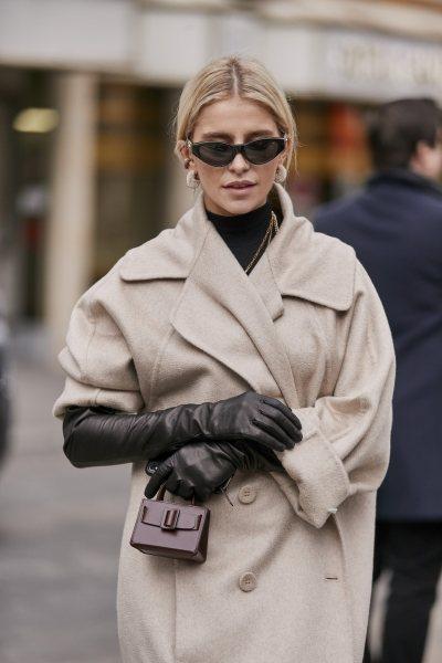 Есть 4 модели пальто, которые сделают вас старше, чем вы есть на самом деле