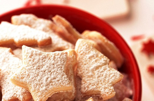 figure_shortbread_cookies_with_icing_sugar_20150615_1190178431-523x346 (523x346, 50Kb)