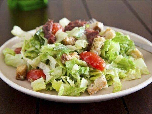 """Правильный """"Цезарь"""": любимый салат теперь ещё легче!"""