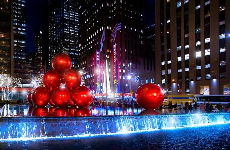 Инсталляция у Рокфеллеровского центра Нью -Йорк, красиво, красивый вид, новогоднее настроение, новый год, рождество, сша, фото