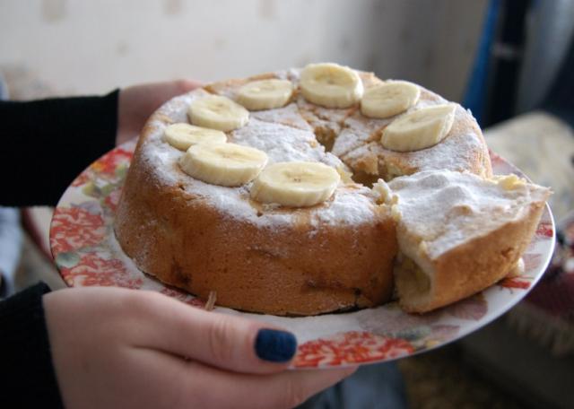 Вкусная банановая шарлотка