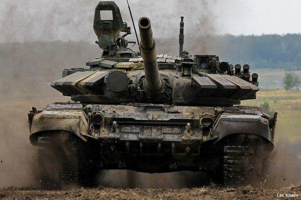 Неубиваемый Т-72: Русский танк в Алеппо выдержал попадание двух американских ракет