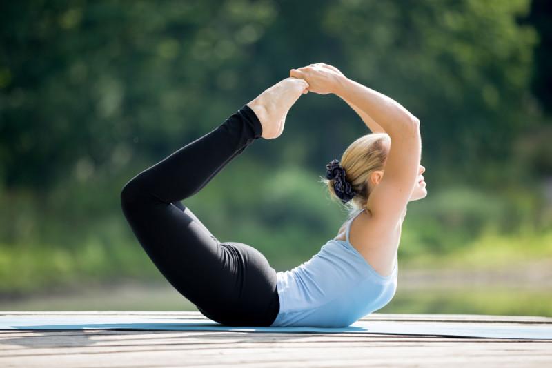 5 индийских упражнений, которые за 10 минут в день уберут ваш животик