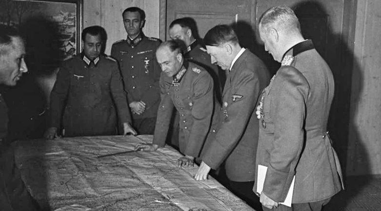 Какие цели преследовал Гитлер, напав на СССР?