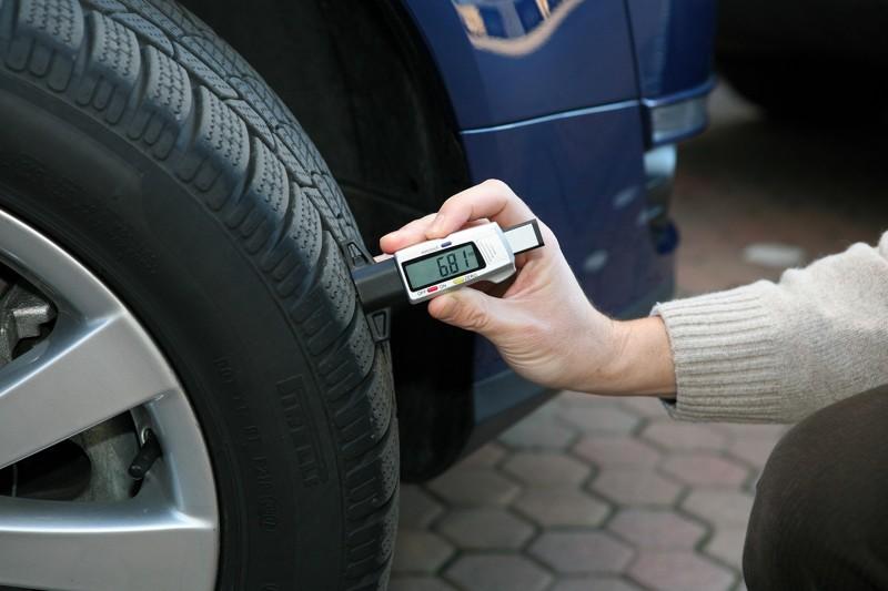 Правительство поддержало введение штрафов за шины не по сезону