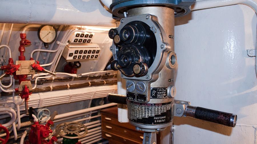 оптический глаз подводной лодки
