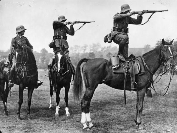 Как воевала кавалерия Третьего Рейха