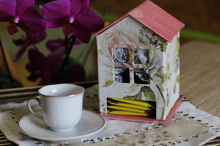 Как сделать домик для чайных пакетиков