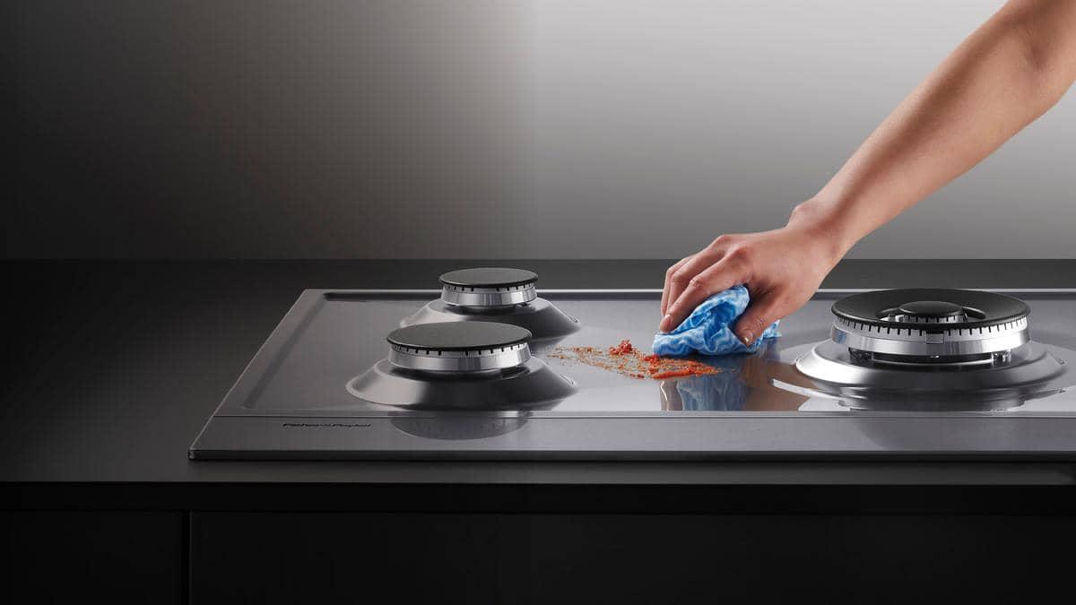 Простое средство для чистоты плиты