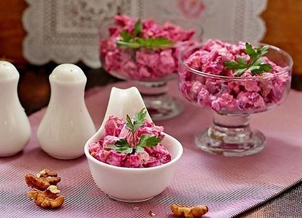 """Отличный салат со свеклой """"Виолетта"""" - гости его обожают!"""