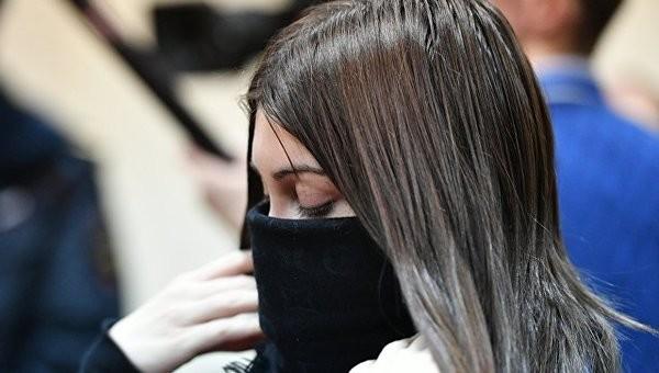 Суд бессрочно лишил Багдасарян водительских прав