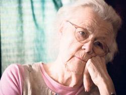 Непрожиточная пенсия: выплаты старикам упадут ниже уровня выживания
