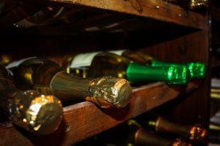 Насколько в России подорожает шампанское?