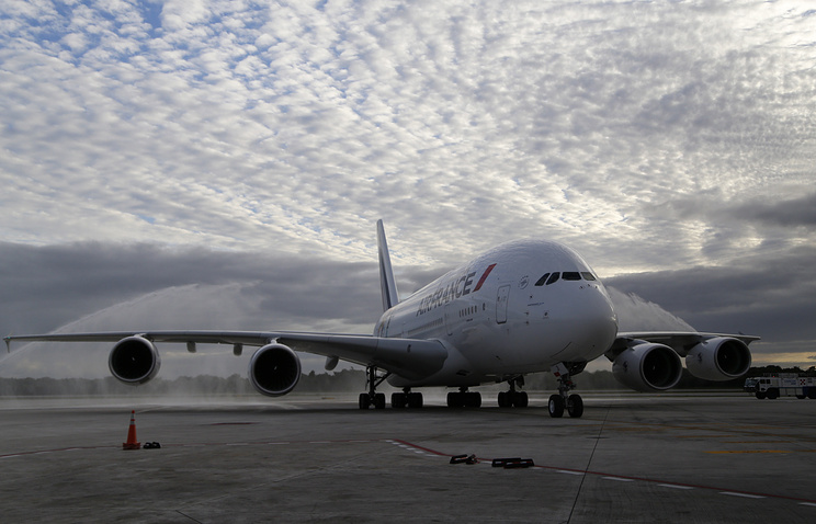 Airbus сократит поставки авиалайнеров А380 из-за низкого спроса