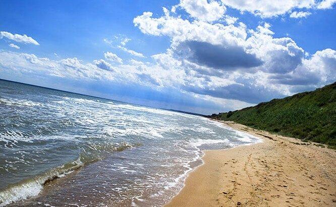 Кучугуры на Азовском море
