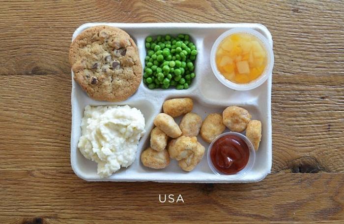 Обед школьника: какой он? Фоторепортаж из разных стран