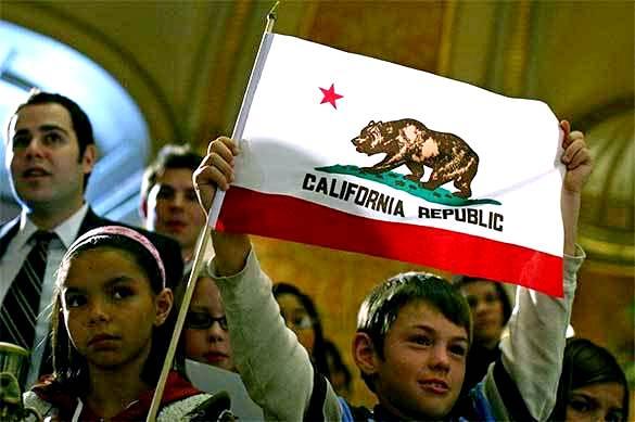 Западные СМИ: При Трампе Калифорния наконец покинет США