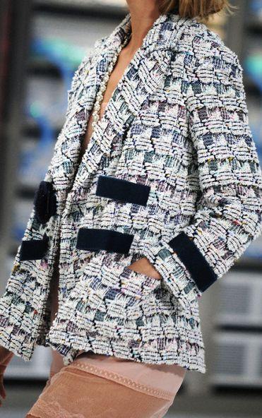 Chanel весна-лето 2017 — свеженький креатив от Карла Лагерфельда
