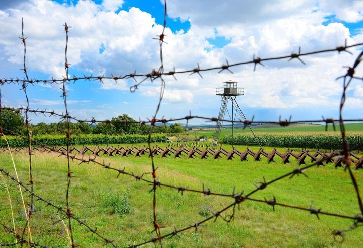 Беларусь намерена укрепить границу с Украиной, Латвией и Литвой
