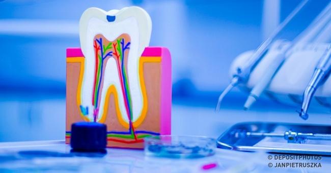 Тут ученые наконец-то изобрели вечную пломбу, которая сама лечит зуб