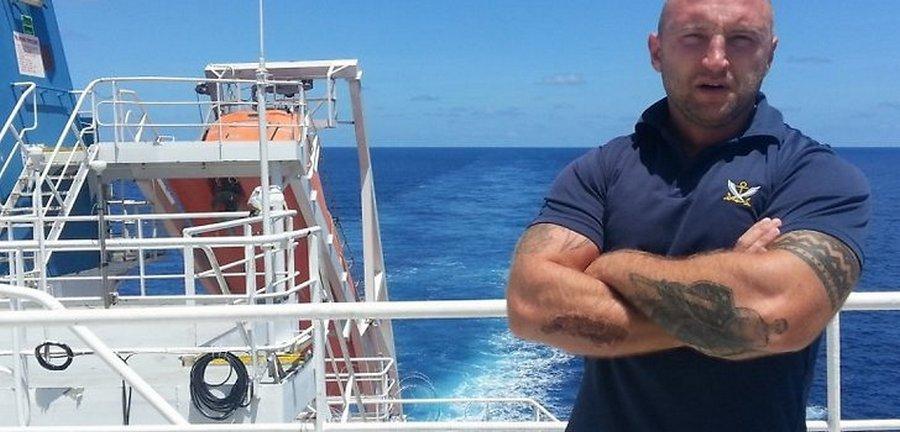 Охраняя корабли от пиратов у берегов Африки: «Бывает, что с ходу стреляют»