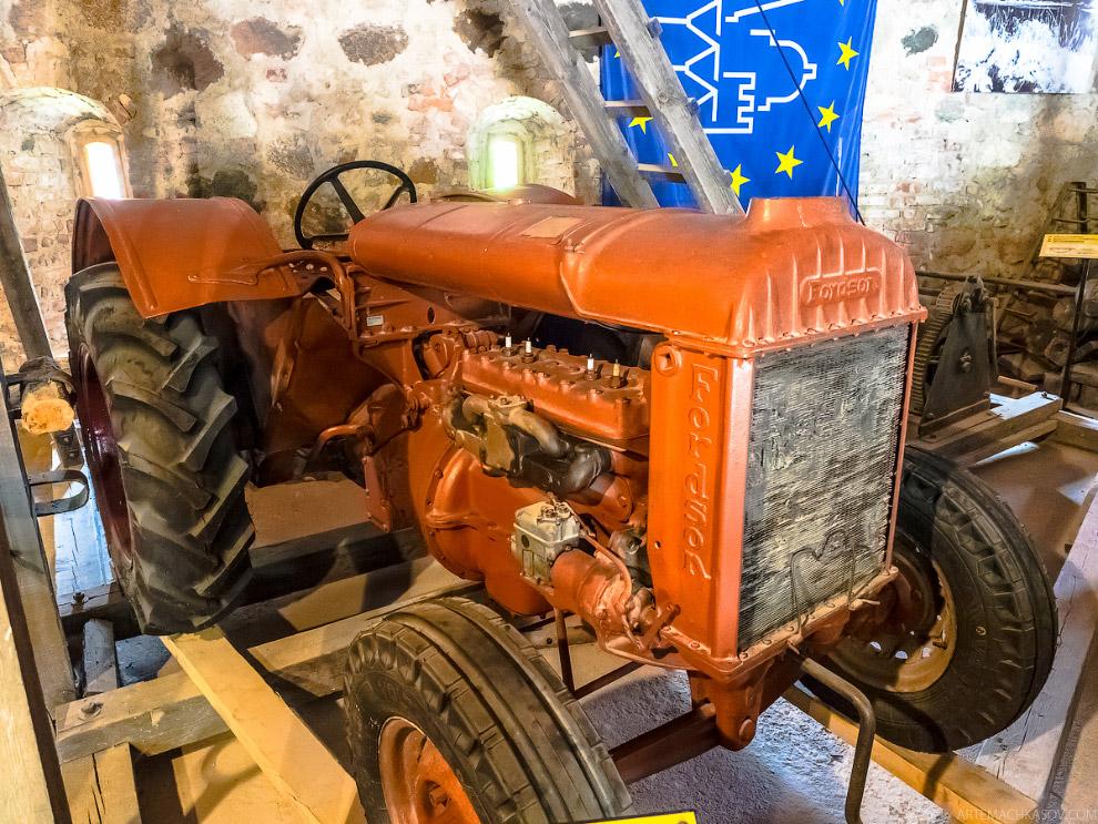 трактор Fordson-F