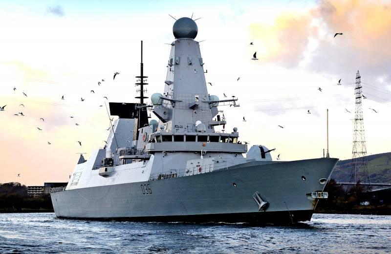 Почему британцы истерят из-за новейшего фрегата РФ у берегов Шотландии?