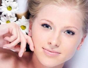 Натуральная  маска для осветления кожи лица