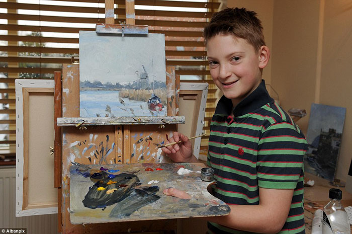 12-летний гений: мальчик купил родителям дом у озера на заработанные своими картинами деньги