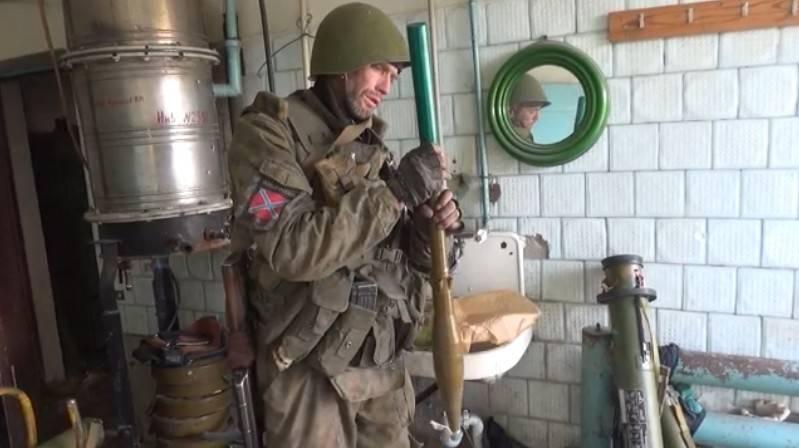 Новороссия в огне, но дипломатам видится перемирие