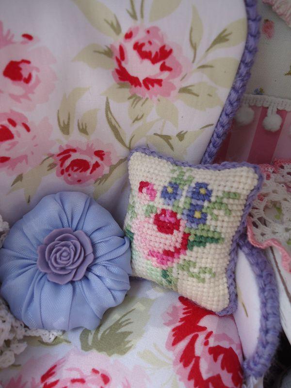 Удивительная техника вышивки — микровышивка, или  petit point
