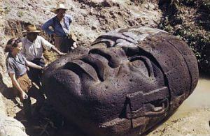 Базальтовые ольмекские головы были созданы около 3000 лет назад
