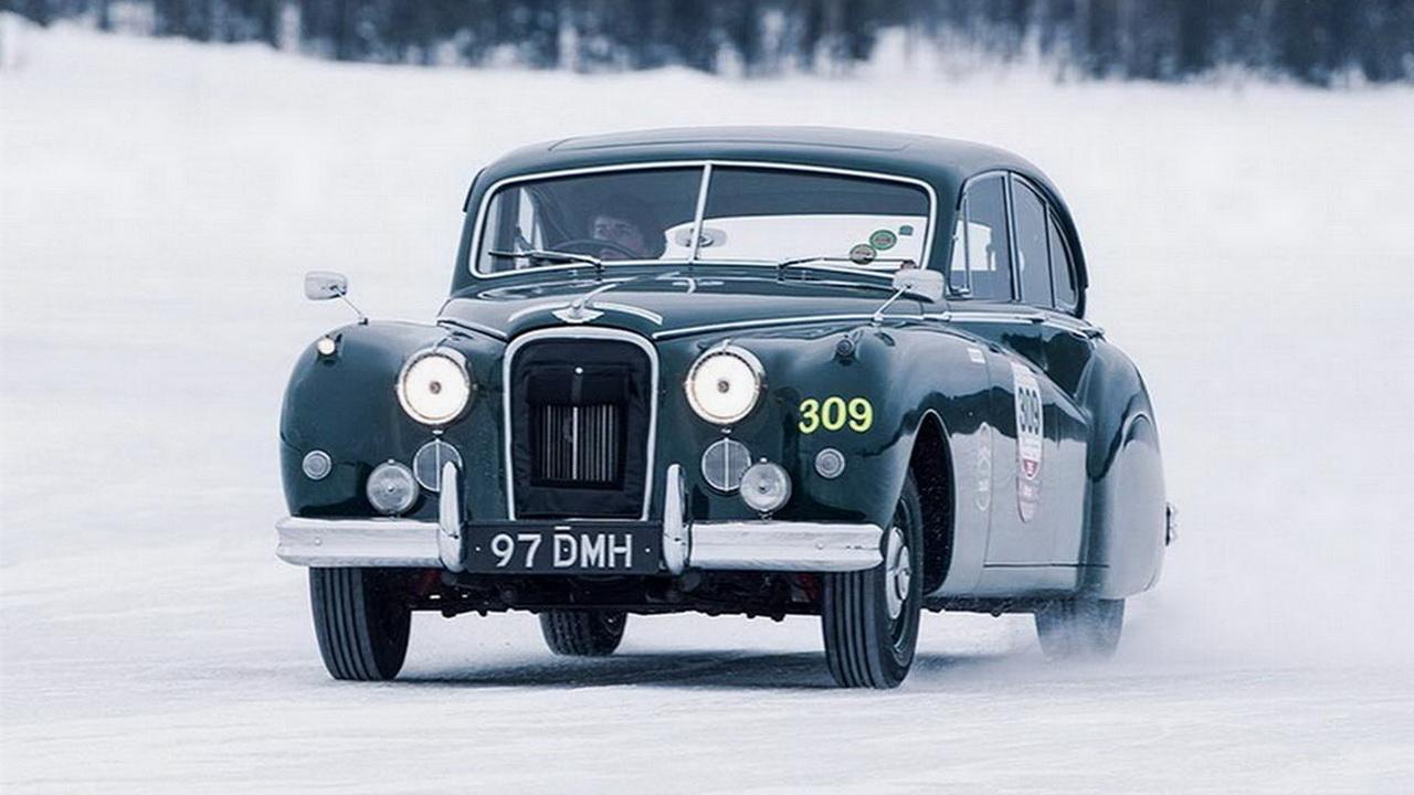 Jaguar приглашает в зимнюю школу