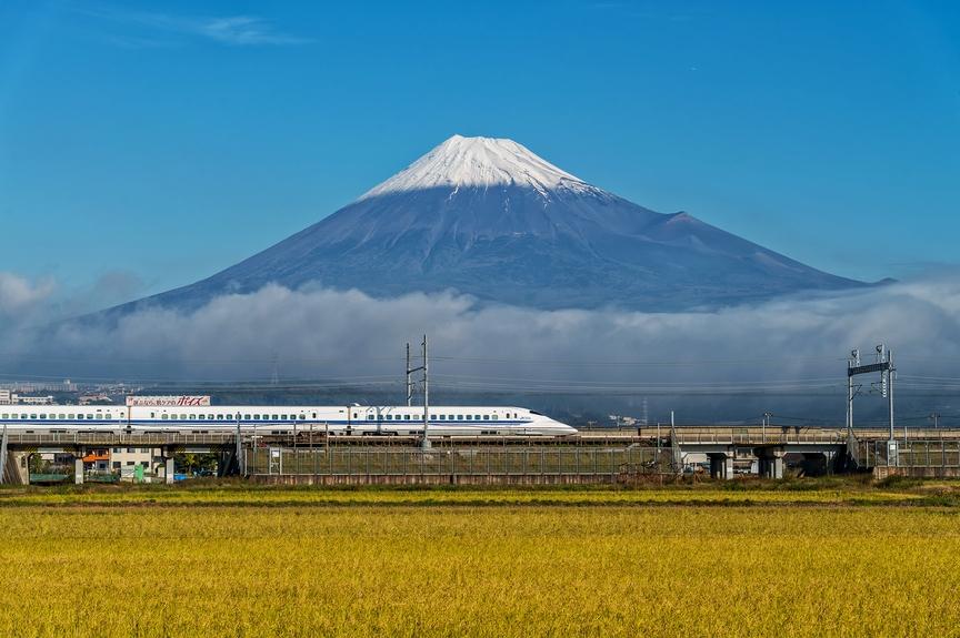 10 самых быстрых поездов в мире