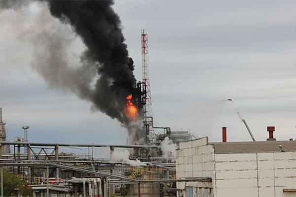 Пожар на Московском НПЗ серь…