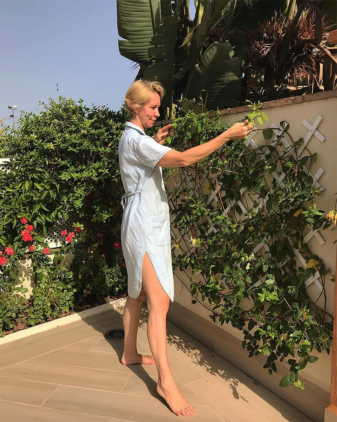 Татьяна Лазарева наводит красоту у арендованного испанского дома. Фото: instagram.com/lazareva_tatka/