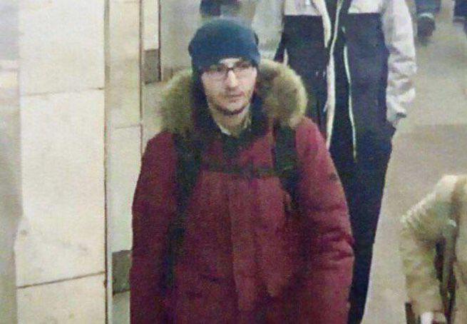 Опубликованы фото второго подозреваемого в организации теракта в Санкт-Петербурге