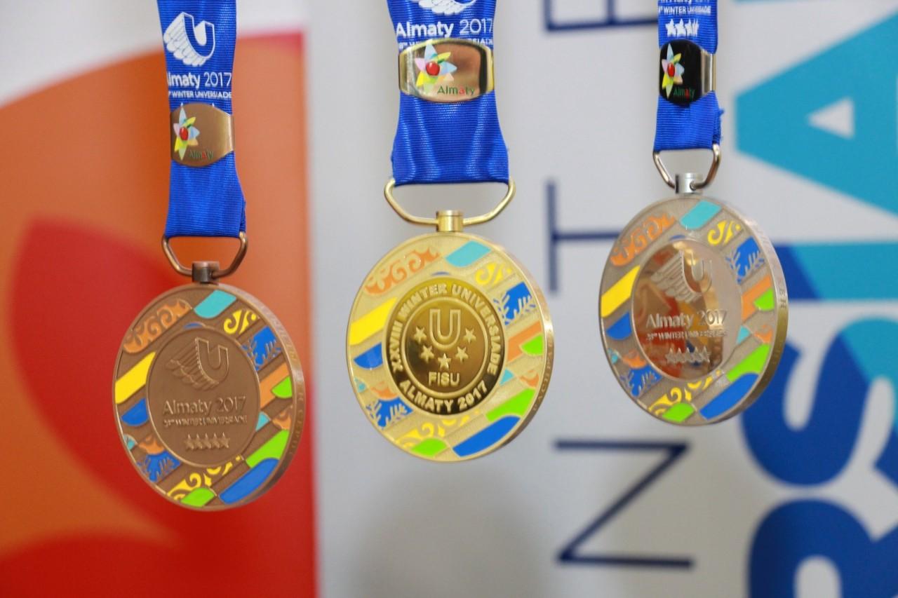 Сборная России досрочно выиграла медальный зачет зимней Универсиады в Алма-Ате
