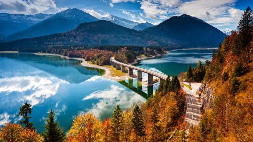 Завораживающая красота озера Сильвенштайн