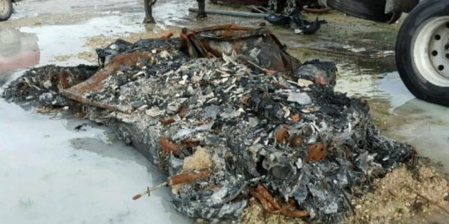 В США выставили на аукцион Corvette в виде кучки пепла