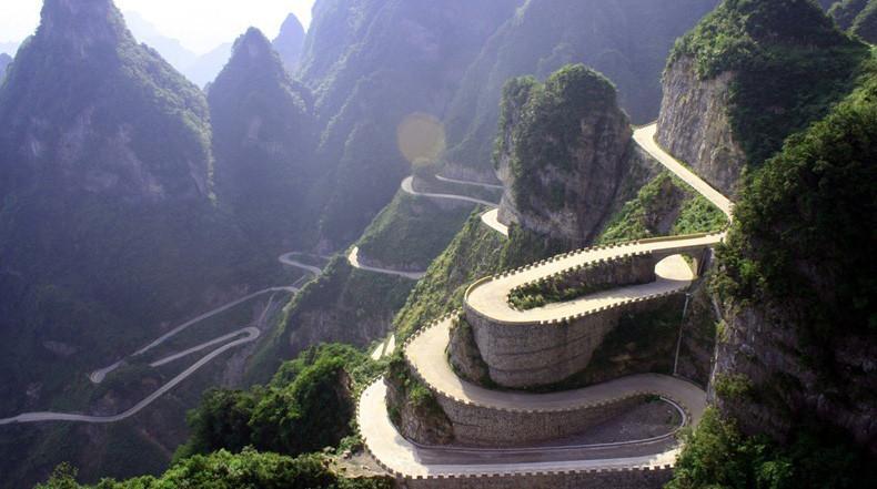 9. Дорога Tianmen Mountain, Китай железная дорога, интересно, непроходимые места, опасные дороги, тоннель, фото