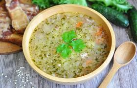 Картофельный суп с перловкой и копченостями — пошаговый фоторецепт