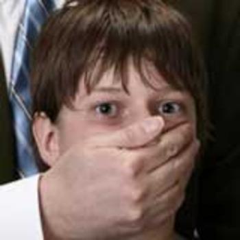 Челябинец показывал оргии детям и насиловал их