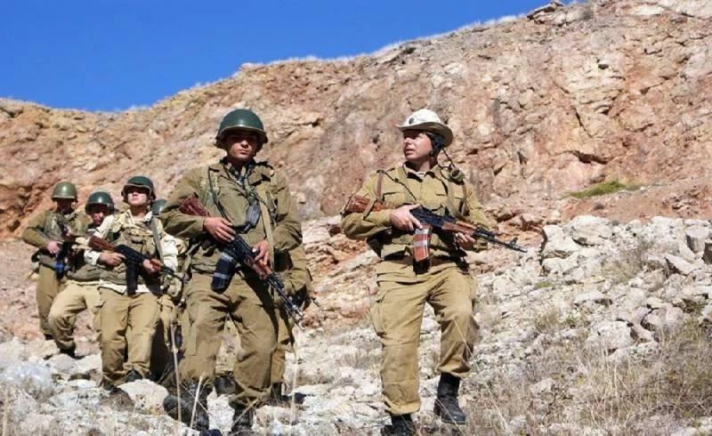 Чабан и солдаты