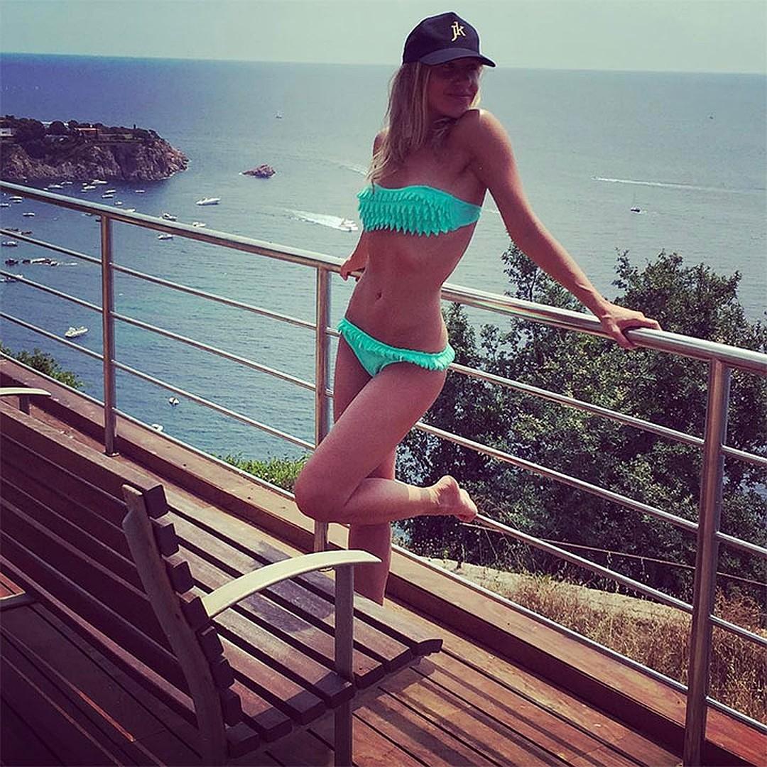 Юлия Ковальчук на своей испанской террасе. Фото: instagram.com/juliakovalchuk