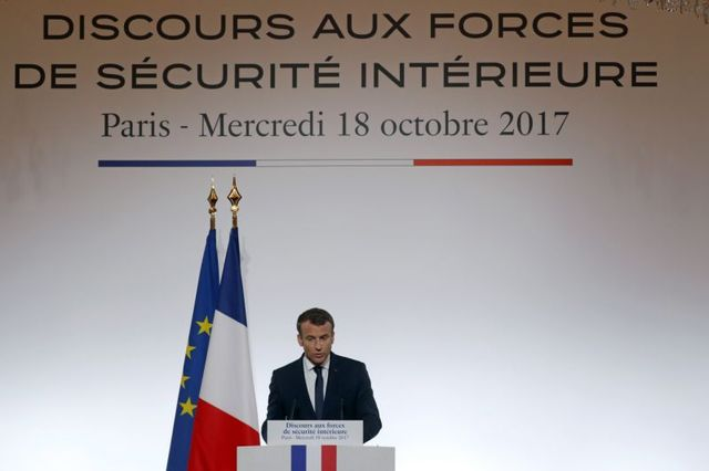 Франция на пороге чрезвычайного положения