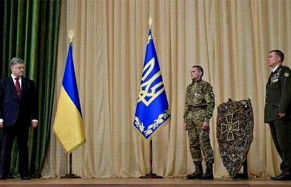 Чтобы сподручнее сражаться с Путиным: житель Херсона выковал для Порошенко 80-килограммовый щит | Продолжение проекта «Русская Весна»