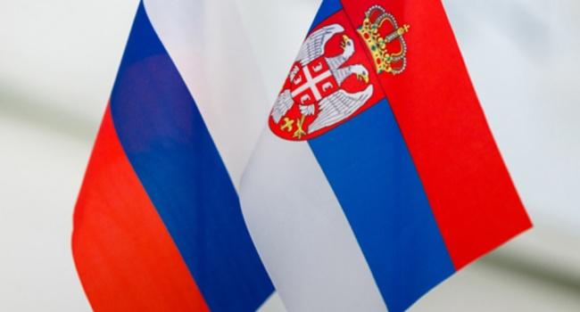 В Сербии призвали Путина ввести войска