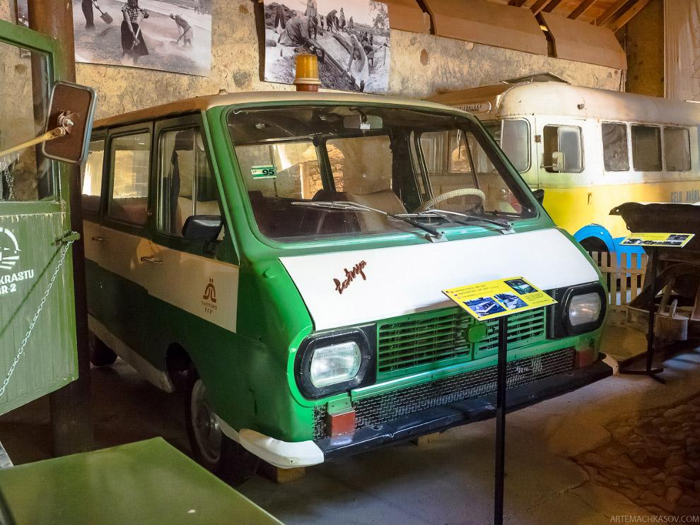 Классический минибас РАФ-2203 «Латвия» 70-80-х годов
