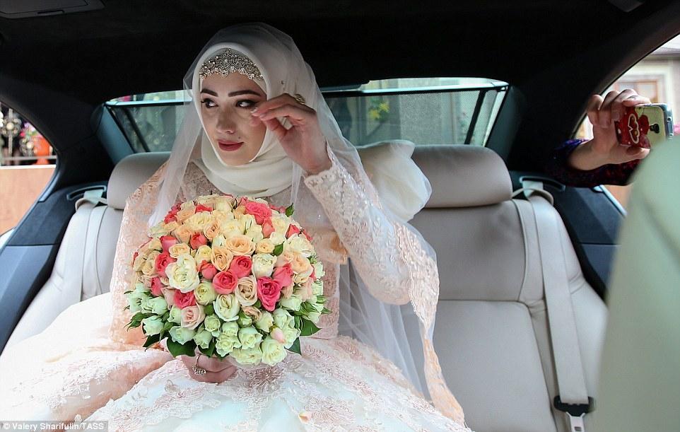 Чеченские свадьбы 2018 самые новые невеста не хочет выйти замуж